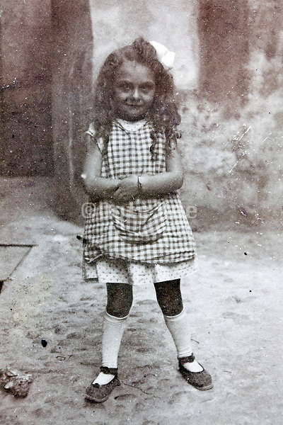 young girl posing early 1900s France