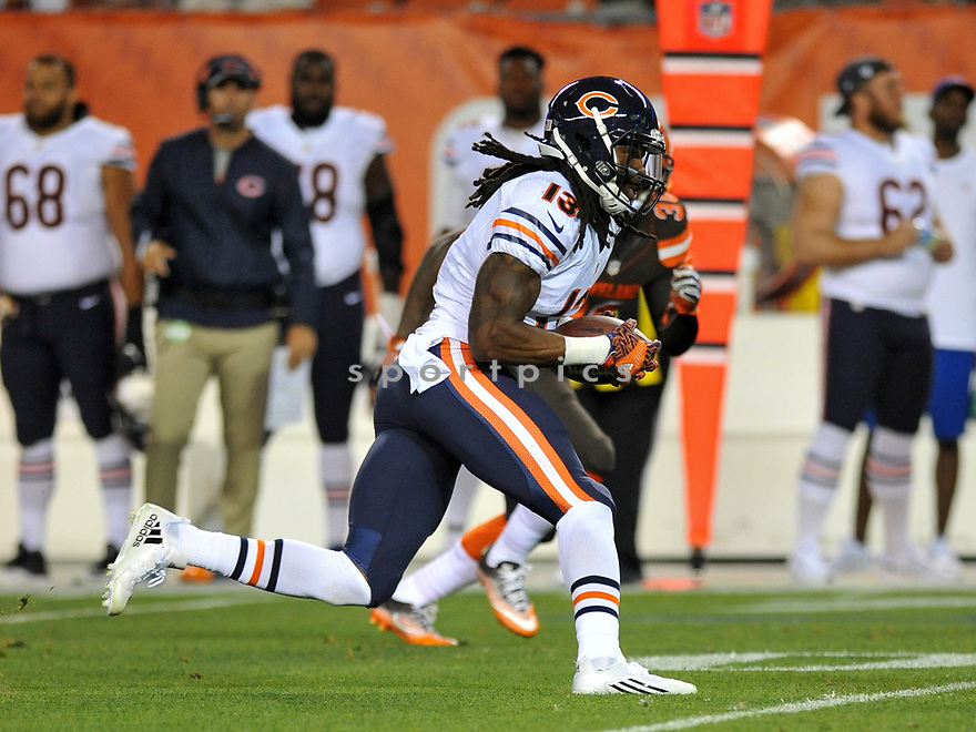 CLEVELAND, OH - SEPTEMBER 1, 2016: Wide receiver Kevin White #13 of the Chicago Bears carries the ball in the second quarter of a game on September 1, 2016 against the Cleveland Browns at FirstEnergy Stadium in Cleveland, Ohio. Chicago won 21-7. (Photo by: 2016 Nick Cammett/Diamond Images)  *** Local Caption *** Kevin White