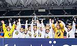 Solna 2014-03-15 Bandy SM-final Damer Kareby IS - AIK  :  <br /> AIK spelare jublar med SM-pokalen efter matchen<br /> (Foto: Kenta J&ouml;nsson) Nyckelord:  SM SM-final final dam damer Kareby AIK jubel gl&auml;dje lycka glad happy