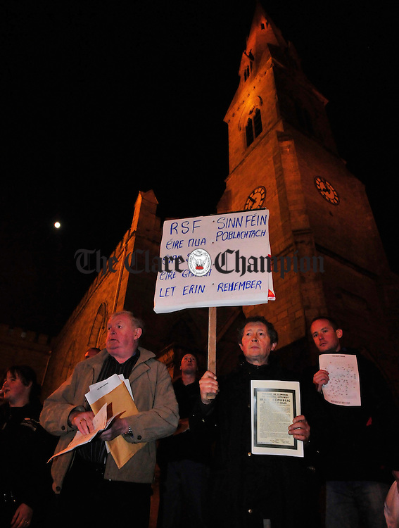 Sinn Fein mount a protest outside the World War One rememberence ceremony at Ennis Cathedral. Photograph by Declan Monaghan