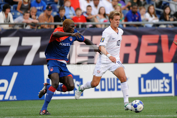Stuart Holden (10) of the United States (USA). The United States and Haiti played to a 2-2 tie during a CONCACAF Gold Cup Group B group stage match at Gillette Stadium in Foxborough, MA, on July 11, 2009. .