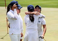 Siyi Keh. Auckland celebrate. Day One of the Toro Interprovincial Women's Championship, Sherwood Golf Club, Whangarei,  New Zealand. Thursday 7 December 2017. Photo: Simon Watts/www.bwmedia.co.nz