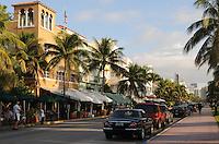 Miami Beach streetscape, Waldorf Towers Hotel South Beach, Ocean Drive at 9th Street, South Beach, Miami Beach Florida