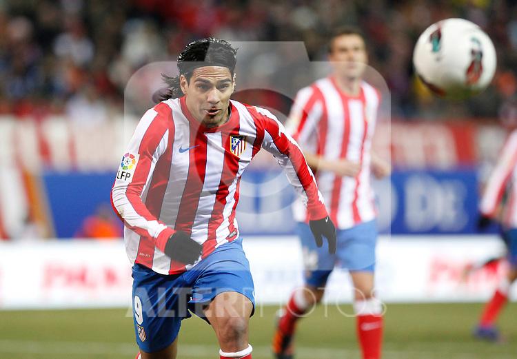 Madrid (05/02/2012) LIGA BBVA.Atletico de Madrid- Valencia C.F...FALCAO.....