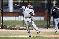 March 15, 2010:  Third Baseman Derek Stupski (15) of the Long Island University Blackbirds vs. UMBC at Lake Myrtle Park in Auburndale, FL.  Photo By Mike Janes/Four Seam Images