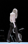 SHOWROOMDUMMIES<br /> <br /> Choregraphie : BIDEAU REY Etienne,VIENNE Gisele<br /> Mise en scene : BIDEAU REY Etienne,VIENNE Gisele<br /> Lumiere : RIOU Patrick<br /> Costumes : ONA SELFA Jose Enrique<br /> Avec :<br /> CAPDEVIELLE Jonathan<br /> DEPAUW Gael<br /> MARIE Guillaume<br /> MOUSSELLET Anne<br /> ROTTGERKAMP Anja<br /> NORIKO Tujiko<br /> Lieu : Grand theatre du Quartz<br /> Cadre : Festival Les Antipodes<br /> Ville : Brest<br /> Le : 26 02 2009<br /> © Laurent Paillier www.photosdedanse.com
