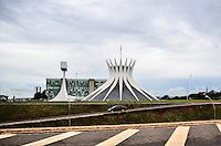 BRASÍLIA, DF, 07.03.2016 - CLIMA-DF - Catedral na Área central de Brasília após forte chuva na tarde desta segunda-feira, 07. (Foto: Ricardo Botelho/Brazil Photo Press)