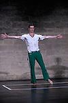 Festival Uzes Danse 2010<br /> BATTERIE<br /> Choregraphie : David Wampach<br /> Avec : David Wampach, Jerome Renault (batterie)<br /> Le 14/06/2010<br /> Jardin de l'Ev&ecirc;ch&eacute;, Uz&egrave;s<br /> &copy; Laurent Paillier / photosdedanse.com<br /> All rights reserved