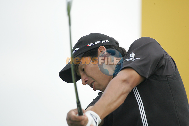 Andres Romero drives off for a hole in one on the par 3 17th hole during the first round of the Smurfit Kappa European Open at The K Club, Strffan,Co.Kildare, Ireland 5th July 2007 (Photo by Eoin Clarke/NEWSFILE)