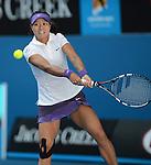 Li Na Defeats Julia Goerges (GER) 7-6, 6-1