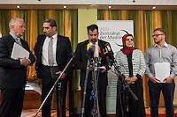 """Treffen des Zentralrat der Muslime mit AfD-Parteispitze am 23. Mai 2016 im Regent-Hotel in Berlin.<br /> Der Zentralrat der Muslime (ZDM) hatte fuehrende AfD-Politiker zu einem Gespraech eingeladen, um ueber diskriminierende und islamfeindliche Ausserungen und Passagen im AfD-Parteiprogramm zu reden. Die AfD-Politiker liessen das Gespraech nach kurzer Zeit platzen und beschuldigten den ZDM """"nicht auf Augenhoehe"""" mit der AfD reden und sie """"erpressen"""" zu wollen.<br /> Im Bild vlnr.: Pressesprecher des Zentralrat; Sadiqu Al-Mousllie, Sprecher des Syrischen Nationalrats in Deutschland und Mitgied im Vorstand des Zentralrat; Aiman Mazyek, Vorsitzender des Zentralrat; Nurhan Soykan, Generalsekretaerin und erste Stellvertreterin des Zentralrat.<br /> 23.5.2016, Berlin<br /> Copyright: Christian-Ditsch.de<br /> [Inhaltsveraendernde Manipulation des Fotos nur nach ausdruecklicher Genehmigung des Fotografen. Vereinbarungen ueber Abtretung von Persoenlichkeitsrechten/Model Release der abgebildeten Person/Personen liegen nicht vor. NO MODEL RELEASE! Nur fuer Redaktionelle Zwecke. Don't publish without copyright Christian-Ditsch.de, Veroeffentlichung nur mit Fotografennennung, sowie gegen Honorar, MwSt. und Beleg. Konto: I N G - D i B a, IBAN DE58500105175400192269, BIC INGDDEFFXXX, Kontakt: post@christian-ditsch.de<br /> Bei der Bearbeitung der Dateiinformationen darf die Urheberkennzeichnung in den EXIF- und  IPTC-Daten nicht entfernt werden, diese sind in digitalen Medien nach §95c UrhG rechtlich geschuetzt. Der Urhebervermerk wird gemaess §13 UrhG verlangt.]"""