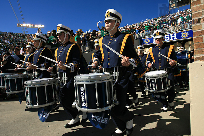 The band enters the stadium.