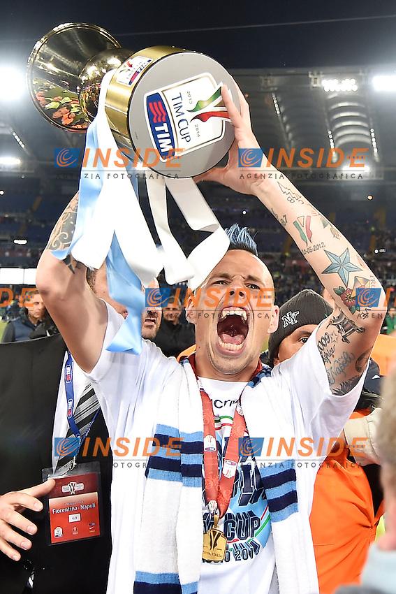 Esultanza Marek Hamsik con la coppa. Celebration with the cup<br /> Roma 03-05-2014 Stadio Olimpico - Football Calcio 2013/2014 Italy Cup Final, Finale Coppa Italia, Fiorentina - Napoli, Foto Andrea Staccioli / Insidefoto