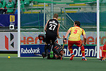 The Hague, Netherlands, June 15: Stephen Jenness #27 of New Zealand tries to score during the field hockey placement match (Men - Place 7th/8th) between Spain and the Black Sticks of New Zealand on June 15, 2014 during the World Cup 2014 at Kyocera Stadium in The Hague, Netherlands.  Final score after full time 1-1 (0-1). The Black Sticks of New Zealand win the shoot-out 1-4.  (Photo by Dirk Markgraf / www.265-images.com) *** Local caption *** Stephen Jenness #27 of New Zealand, Quico Cortes (GK) #1 of Spain, Sergi Enrique #3 of Spain
