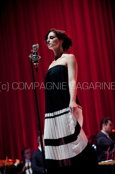 """The """"Hooverphonic With Orchestra"""" concert of the Belgian band Hooverphonic in the Sportpaleis, Antwerp (Belgium, 26/10/2012)"""