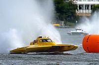 """Brandon Kennedy, H-300 """"Pennzoil"""", John Shaw, E-54 """"White Trash""""    (H350 Hydro) (5 Litre class hydroplane(s)"""