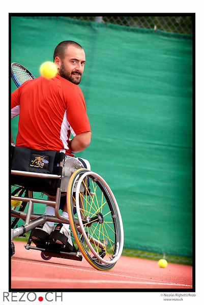 NR02420 / Swiss Open, tournois international de tennis en fauteuil roulant. ..Geneve, Aout 2006...©Nicolas Righetti/Rezo..