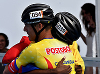 BARCELONA - ESPAÑA,  07-07-2019: Edwin Estrada, patinador de Colombia, celebra la victoria con Andrés Jimenez, durante la prueba de 200 Metros Meta Contra Meta, Mayores Varones, en el patinodromo Front Maritim en la ciudad de Barcelona en España, en el marco de los World Roller Games, Barcelona 2019. / Edwin Estrada, skater from Colombia, celebrates the victory with Andres Jimenez, during the 200 Dual TT, Senior Men in the Front Maritim skate in the city of Barcelona in Spain, within the World Rollers Games Barcelona 2019. / Photo: VizzorImage / Luis Ramírez / Staff.