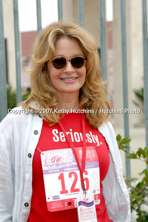 Deidre Hall.Revlon Run/Walk LA 2007.Los Angeles, CA.May 12, 2007.©2007 Kathy Hutchins / Hutchins Photo....