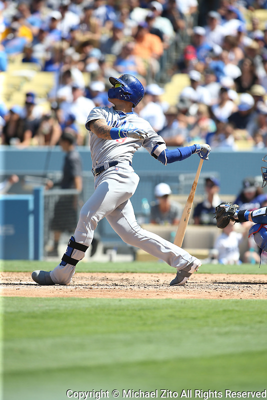 082816 Los Angeles, CA: Chicago Cubs third baseman Javier Baez #9 during an MLB game between the Chicago Cubs and the Los Angeles Dodgers, played at Dodger Stadium