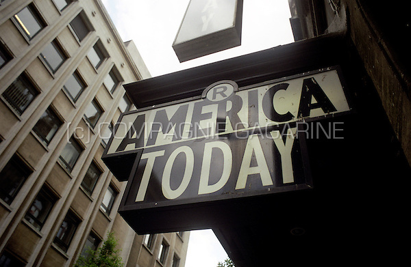 America Today shop logo in Antwerp (Belgium, 21/05/2004)