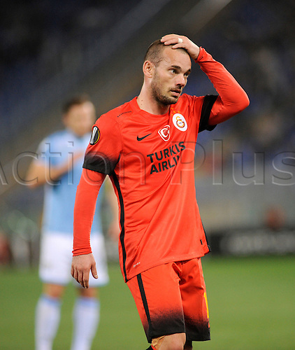 25.02.2016. Stadio Olimpico, Rome, Italy. Uefa Europa League, Return leg of SS Lazio versus Galatasaray. Wesley Sneijder dejected as the game goes deep