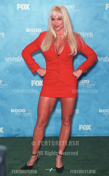 01AUG99: Professional wrestler DEBRA at the 1999 Teen Choice Awards, in Santa Monica..© Paul Smith / Featureflash