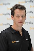 SCHAATSEN: DEN BOSCH: Het Zuiderkruis 1, Hoofdkantoor Brand Loyalty Nederland, 04-10-2012, Presentatie Team BrandLoyalty, nieuwe sponsor heren Team Orie, Stefan Groothuis, ©foto Martin de Jong