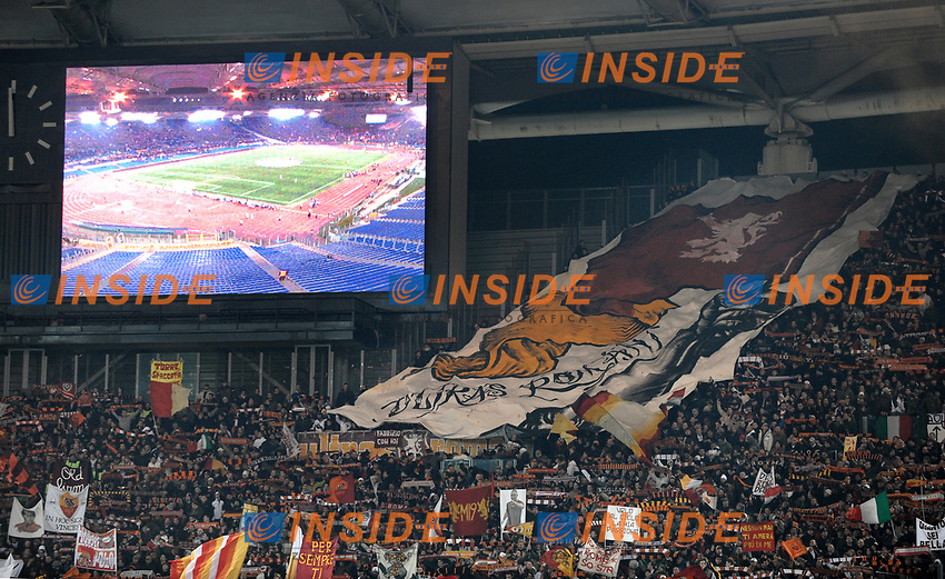 As Roma fans<br /> Tifosi della Roma<br /> Roma 9/12/2008 Stadio &quot;Olimpico&quot; <br /> Champions League 2008/2009 <br /> Roma Bordeaux (2-0)<br /> Foto Andrea Staccioli Insidefoto