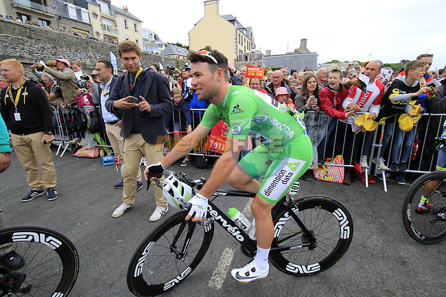 Green Jersey Mark Cavendish (GBR) Dimension Data at sign on before the start of Stage 3 of the 2016 Tour de France, running 223.5km from Granville to Angers, France . 4th July 2016.<br /> Picture: Eoin Clarke | Newsfile<br /> <br /> <br /> All photos usage must carry mandatory copyright credit (&copy; Newsfile | Eoin Clarke)