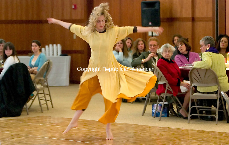 SOUTHBURY, CT- 18 MARCH 07- 031807JT01- <br /> Emily Wolfman, a dancer with the Kiva Dance Collective, performs during a women's seder at the Federation, Jewish Communities of Western Connecticut, in Southbury on Sunday. About 150 women gathered to take part in Middle Eastern traditions that combined music, dance, poetry, and food.<br /> Josalee Thrift Republican-American