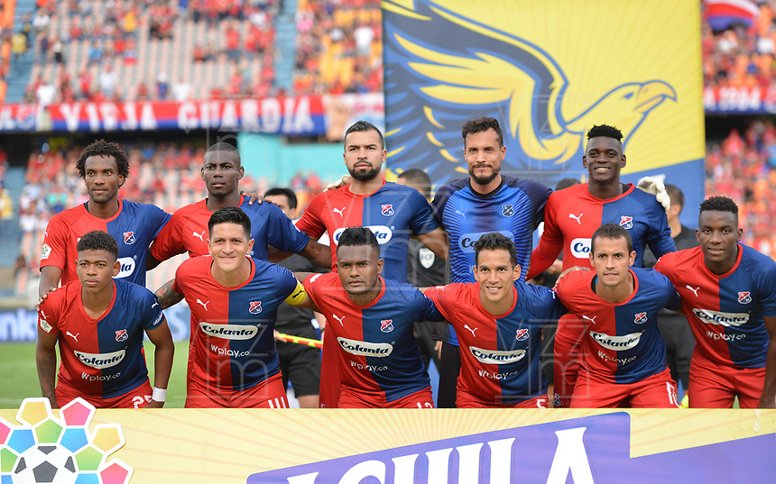 MEDELLÍN - COLOMBIA .21-09-2019:Formación del Deportivo Independiente Medellín.Acción de juego entre los equipos Independiente Medellín y Millonarios durante partido por la fecha 12 de la Liga Águila II 2019 jugado en el estadio Atanasio Girardot de la ciudad de Medellín. /Team of Deportivo Independiente Medellin.Action game between Independiente Medellin and Millonarios during the match for the date 12 of the Liga Aguila II 2019 played at the Atanasio Girardot  Stadium in Medellin  city. Photo: VizzorImage /León Monsalve / Contribuidor.