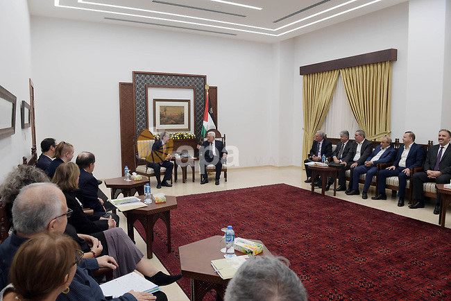 Palestinian President Mahmoud Abbas meets with a delegation from J Street in the West Bank city of Ramallah on October 17, 2018. Photo by Thaer Ganaim