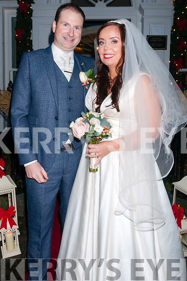Michelle O'Callagham daughter of Michael & Elma O'Callaghan, Shanballyrea, Knockraha, Co. Cork & Derrie Dillon,son of Ann & the late Dermot Dillon, Coolard , Listowel who were married in Ballydondghue Church by Fr. John Lawlor on 27th December. Te best men were Fergus O'Connor, Andrew O'Connor & Alan Jaygoe. The bridemaids were Ellish O'Callaghan, Anne Marie O'Callaghan & Marie Carey.The reception was held in the Listowel Arms Hotel.