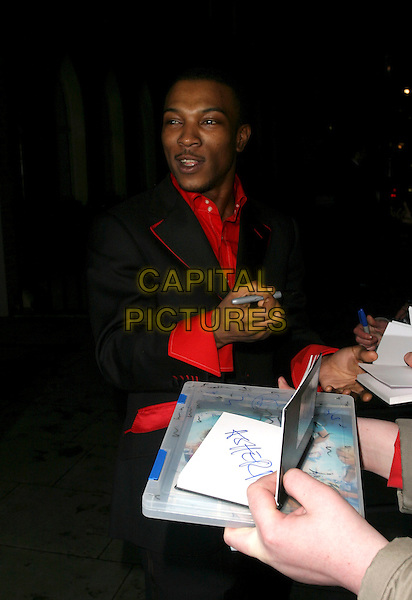 ASHLEY WALTERS.The Weinstein Co BAFTA after show party, hosted by Harvey Weinstein, following The Orange British Academy Film Awards (BAFTAs), at The Hospital, Covent Garden, London, UK..February 19th, 2006.Ref: AH.half length signing autographs.www.capitalpictures.com.sales@capitalpictures.com.© Capital Pictures.