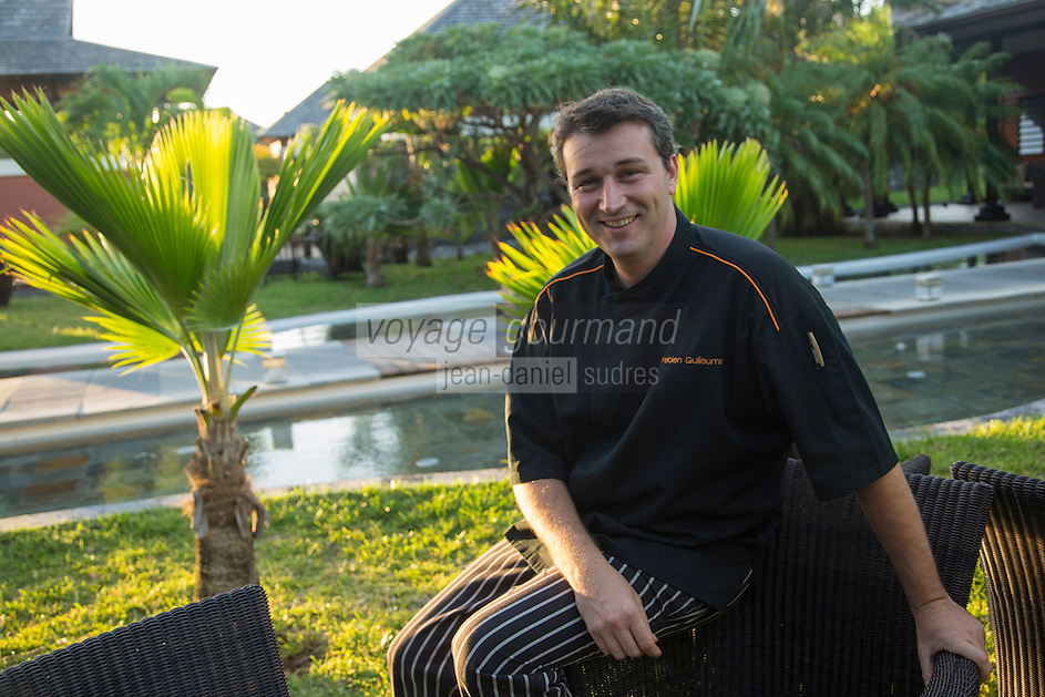France, île de la Réunion, Petit Île, Grand Anse, Palm Hôtel & Spa: Guillaume Fabien, chef du  restaurant Makassar //  France, Ile de la Reunion (French overseas department), Petit Ile, Grand Anse, Palm Hôtel & Spa:  Guillaume Fabien chief of Makassar restaurant