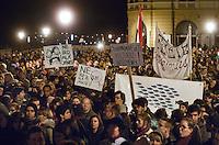 """UNGARN, 11.03.2013. Budapest - I. Bezirk. Am Tag der Verabschiedung des 4. Aenderungspakets zur neuen Verfassung, das effektiv das Ende des Rechtsstaates bedeutet, demonstrieren Studenten und Opposition zu Tausenden auf der Budaer Burg am Amtssitz des Staatspraesidenten János Áder, den sie auffordern, die Aenderung nicht zu unterschreiben. - """"Unterschreibe nicht, János!"""".   On the day parliament passes the 4th amendment to the new constitution, effectively eliminating the rule of law, thousands of students and outraged citizens demonstrate on the Buda castle hill close to the residence of state president Janos Ader calling upon him not to sign the amendment. - """"Don't sign it, Janos!"""" © Martin Fejer/EST&OST"""