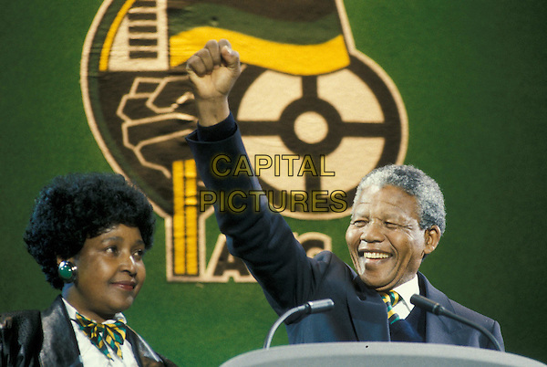 WILLIE MANDELA & NELSON MANDELA.clenched fist, victory salute.www.capitalpictures.com.sales@capitalpictures.com.©Capital Pictures