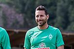 04.07.2019, Parkstadion, Zell am Ziller, AUT, TL Werder Bremen Zell am Ziller / Zillertal Tag 00<br /> <br /> im Bild<br /> Yuya Osako (Werder Bremen #08), <br /> Claudio Pizarro (Werder Bremen #14), <br /> Nuri Sahin (Werder Bremen #17), <br /> beim erste Training der Spieler im Zillertal 2019, <br /> <br /> Foto © nordphoto / Kokenge