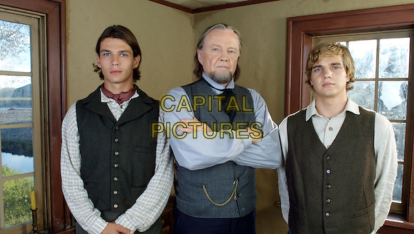 TRENT FORD, JON VOIGHT & TAYLOR HANDLEY .in September Dawn .**Editorial Use Only**.CAP/FB.Supplied by Capital Pictures