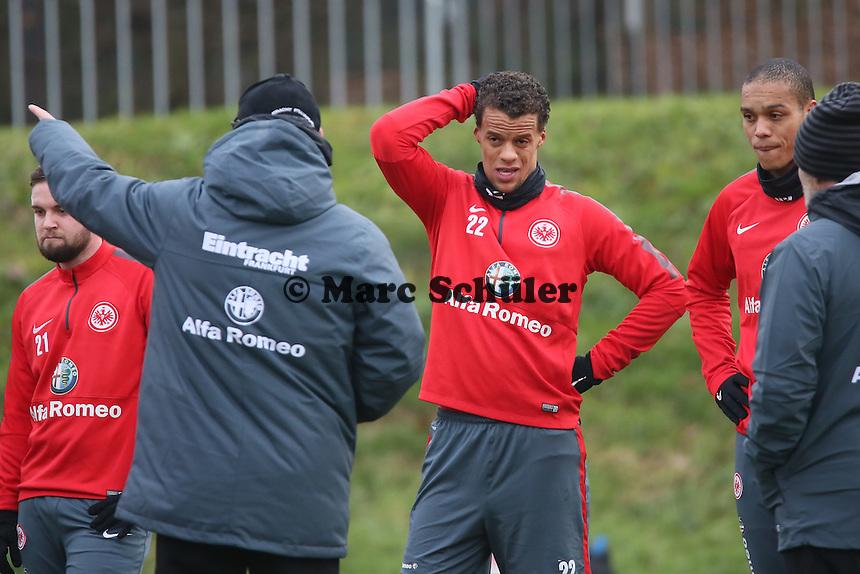 Timothy Chandler mit Trainer Thomas Schaaf (Eintracht) - Eintracht Frankfurt Training, Commerzbank Arena