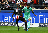 Steven Zuber (TSG 1899 Hoffenheim) gegen Gelson Fernandes (Eintracht Frankfurt) - 18.08.2019: Eintracht Frankfurt vs. TSG 1899 Hoffenheim, Commerzbank Arena, 1. Spieltag Saison 2019/20 DISCLAIMER: DFL regulations prohibit any use of photographs as image sequences and/or quasi-video.