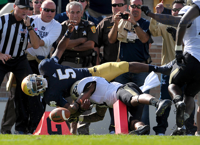 Sep 8, 2012; Quarterback Everett Golson (5) dives for a touchdown against Purdue...Photo by Matt Cashore