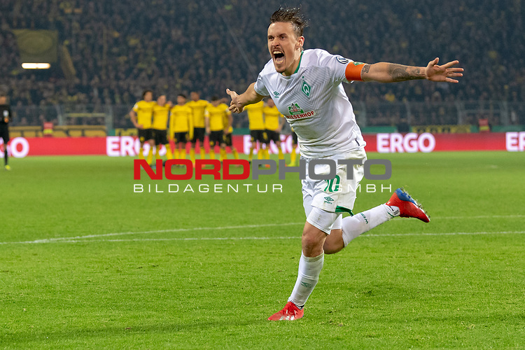05.02.2019, Signal Iduna Park, Dortmund, GER, DFB-Pokal, Achtelfinale, Borussia Dortmund vs Werder Bremen<br /> <br /> DFB REGULATIONS PROHIBIT ANY USE OF PHOTOGRAPHS AS IMAGE SEQUENCES AND/OR QUASI-VIDEO.<br /> <br /> im Bild / picture shows<br /> <br /> Max Kruse (Werder Bremen #10) tritt zum scheidenen Elfmeter an und Trifft und jubelt <br /> <br /> Foto © nordphoto / Ewert