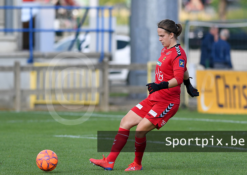 20190813 - DENDERLEEUW, BELGIUM : LSK's goalkeeper Ida Norstrom  pictured during the female soccer game between the Greek PAOK Thessaloniki Ladies FC and the Norwegian LSK Kvinner Fotballklubb Ladies , the third and final game for both teams in the Uefa Womens Champions League Qualifying round in group 8 , Tuesday 13 th August 2019 at the Van Roy Stadium in Denderleeuw  , Belgium  .  PHOTO SPORTPIX.BE for NTB   DAVID CATRY