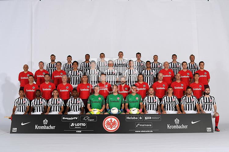 Football: Germany, 1. Bundesliag, Eintracht Frankfurt,  2016/2016, Mannschaftsfoto Frankfurt, <br /> <br /> Hintere Reihe (left nach right): <br /> <br /> Haris Seferović (Frankfurt), Ante Rebic (Frankfurt), Timothy Chandler (Frankfurt), Johannes Flum (Frankfurt), Alexander Meier (Frankfurt), David Abraham (Frankfurt), Luc Castaignos (Frankfurt), Branimir Hrgota (Frankfurt), Stefan Aigner (Frankfurt).<br /> <br /> 3. Reihe:<br /> <br /> Materialwart Franco Lionti (Frankfurt), Teammanager Christoph Preuss (Frankfurt), Abteilungsleiter Rainer Falkenhain (Frankfurt), Makoto Hasebe (Frankfurt), Jesus Vjo (Frankfurt), Bastian Oczipka (Frankfurt), Danny Blum (Frankfurt), Omar Mascarell (Frankfurt), Materialwart Igor Simonov (Frankfurt), Videoanalyse Marcel Daum (Frankfurt), Videoanalyse Sebastian Zelichowski (Frankfurt).<br /> <br /> 2. Reihe:<br /> <br /> Trainer Niko Kovac (Frankfurt), Co-Trainer Robert Kovac (Frankfurt), Co-Trainer Armin Reutershahn (Frankfurt), goalkeeper-Trainer Manfred &bdquo;Moppes&ldquo; Petz (Frankfurt), Athletik-Trainer Klaus Luisser (Frankfurt), Mannschaftsarzt Dr. Wulf Schwietzer (Frankfurt), Mannschaftsarzt Dr. Christoph Seeger (Frankfurt), Physiotherapeut Maik Liesbrock (Frankfurt), Physiotherapeut Daniel Rung (Frankfurt), Mitglied medizinischen Abteilung Koichi Kurokawa (Frankfurt).<br /> <br /> Vorderste Reihe:<br /> <br /> Marco Fabian (Frankfurt), Taleb Tawatha (Frankfurt), Mijat Gacinovic (Frankfurt), Joel Gerezgiher (Frankfurt), goalkeeper Leon Baetge (Frankfurt), goalkeeper Lukas Hradecky (Frankfurt), goalkeeper Heinz Lindner (Frankfurt), Yanni Regaesel (Frankfurt), Enis Bunjaki (Frankfurt), Szabolcs Huszti (Frankfurt), Marc Stendera (Frankfurt) .<br /> .