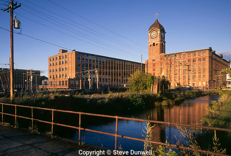 Ayer Mill, Lawrence, MA (1909) American Woolen  2nd largest 4-sided clock face in the world.  The Queen City.