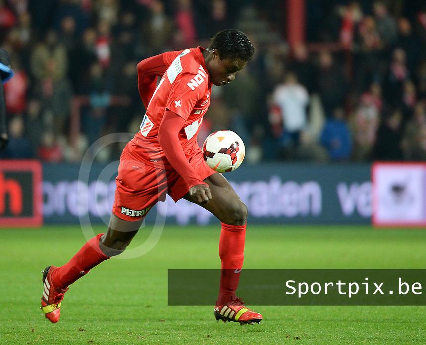 KV Kortrijk - AA Gent : Elimane Coulibaly <br /> foto VDB / Bart Vandenbroucke