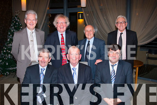 Legally dining<br /> ----------------<br /> Attending the Kerry law Society annual dinner in the Ballyroe Hts hotel,Tralee last Saturday night were,(seated ) L-R The Hon Mr Justice Raymond Fullam and The Hon Mr Justice Carroll Moran both High court Judges who were invited quests and Judge James O'Connor.Back L-R Padraig Burke,County registar,John Galivan,Chairman,KLS,Pat Mann,President KLS and Dave Ramsay,Vice Pres,KLS.