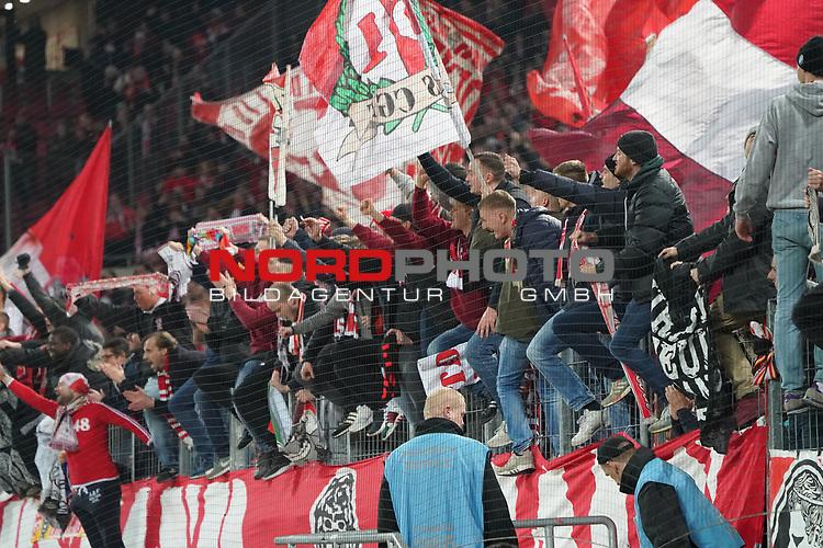 08.02.2019, RheinEnergieStadion, Koeln, GER, 2. FBL, 1.FC Koeln vs. FC St. Pauli,<br />  <br /> DFL regulations prohibit any use of photographs as image sequences and/or quasi-video<br /> <br /> im Bild / picture shows: <br /> Fans, freundlich, Stimmung, farbenfroh, Nationalfarbe, geschminkt, Emotionen, koelner<br /> <br /> Foto &copy; nordphoto / Meuter